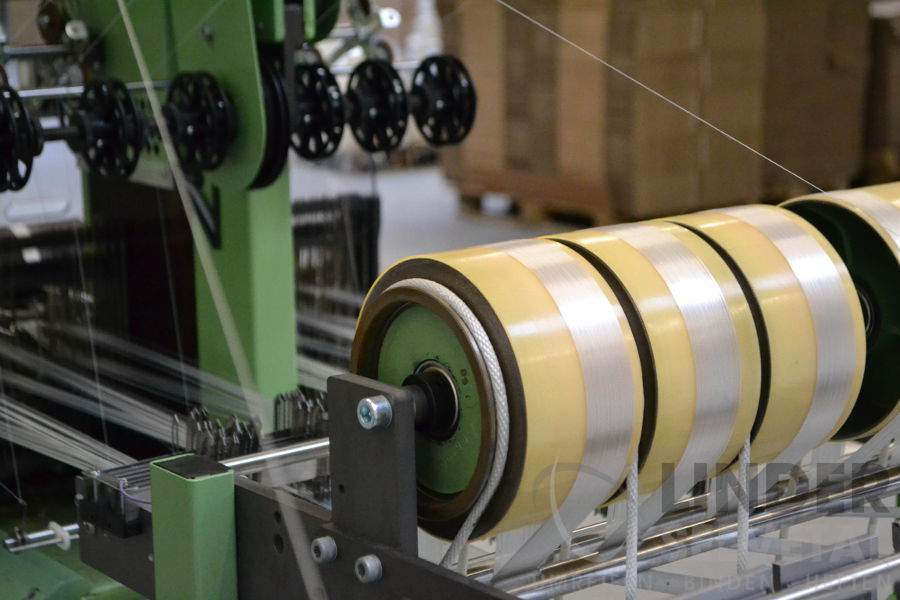 Trujące związki chemiczne w ubraniach - Poliester:produkcja